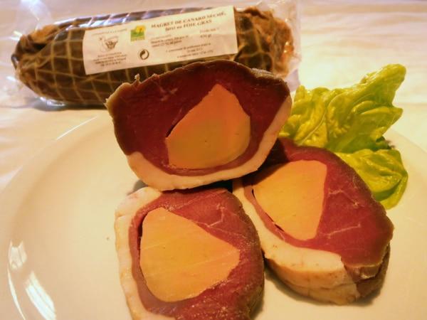 Magret de canard séché fourré au foie gras